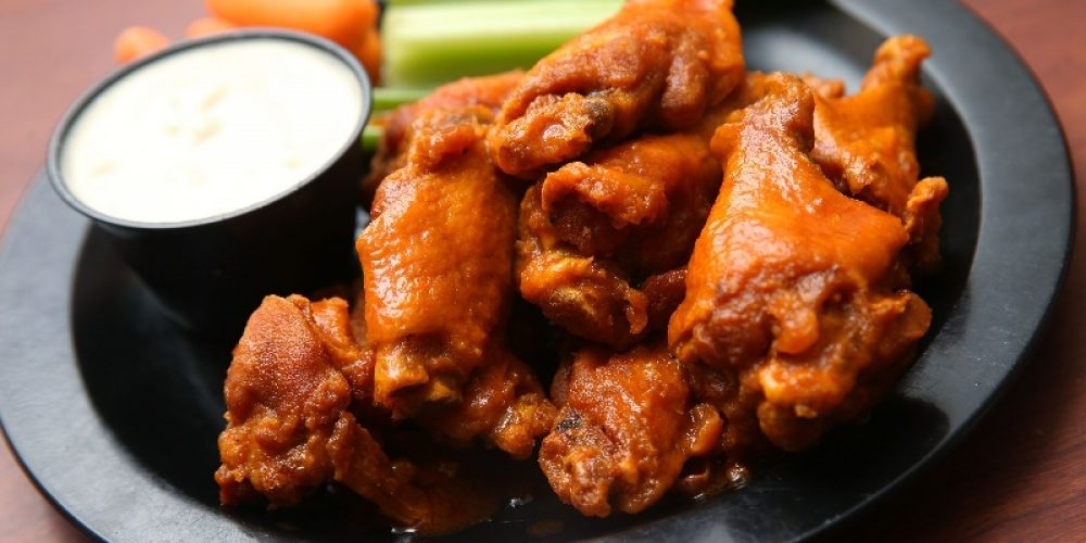 Looking for great tasting chicken wings to host for your next party?